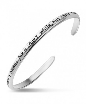 """925 Silver """"A Mother holds her children's hands for a short while but their hearts forever"""" Bracelet - C512KAOIKFN"""