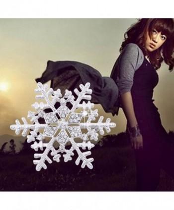 CHUYUN Crystal Snowflake Winter Brooch