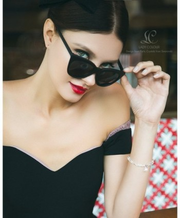 LadyColour Bracelet Swarovski Crystals Bracelets in Women's Stretch Bracelets