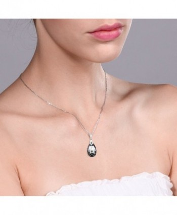 Collection Teardrop Pendant Swarovski Crystals in Women's Pendants