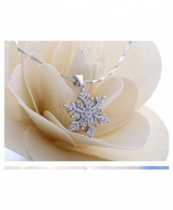 Coolsome Snowflake Necklace Sparking Zirconia