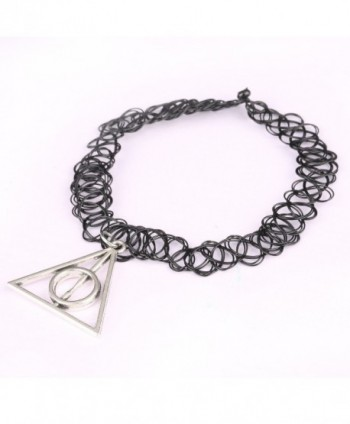 Necklace UHIBROS Stretch Triangle Pendant in Women's Choker Necklaces